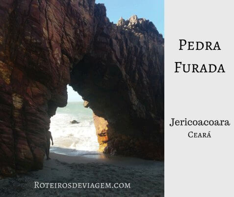 Pedra Furada na praia de Jericoacoara